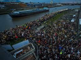 Stille wake in Antwerpen voor vermoorde Julie Van Espen
