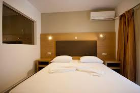 Standard Bathtub Dimensions Bedroom Size Shelves Wardrobe Designs Admirable  Walk In Closets Design Furniture Magazine Modern ...