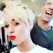 Miley Cyrus Hair Style katy perry could legit pass as miley cyrus twin sister after this 1292 by wearticles.com