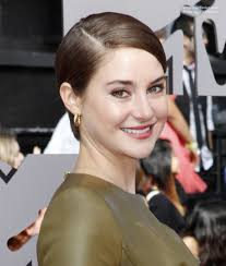Wet Look Hair Style shailene woodley wearing her short hair simple and slicked back 7489 by wearticles.com