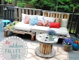 diy outdoor pallet sectional. VIEW IN GALLERY Outdoor Pallet Sofa Diy Sectional