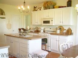 white paint for kitchen cabinets130 best Annie Sloan Chalk Painted Kitchens images on Pinterest