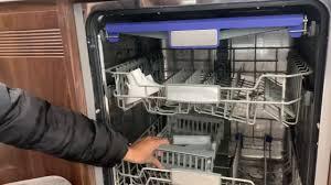 Hướng Dẫn Sử Dụng Máy Rửa Chén Bát Âm Tủ Malloca. Thiết bị bếp Malloca -  YouTube