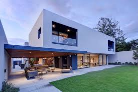Modern Concrete House Plans Steel Concrete And Stone Home With Central Courtyard