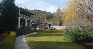 Country Kitchen Ontario Oregon Country Luxury And Charm In Ashland Travel Oregon