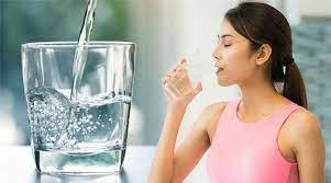 4 thời điểm uống nước 'quý như kim cương' có thể giúp bạn trường thọ, trẻ  lâu - Doanh Nghiệp Việt Nam