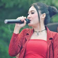 Lirik Lagu Nella Kharisma - Sing Duwe Isin