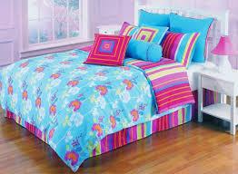 image of twin girl bedding