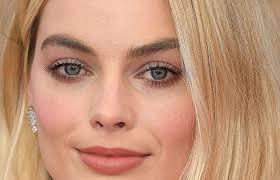 celebrity makeup artists you should follow on insram this awards season