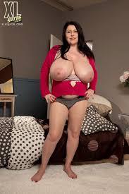 XL Girls Returning With Bigger Tits 30047 89420 Pornstar.