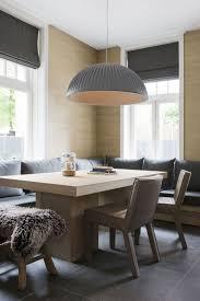 Stijlidee Styling Tip Grote Ronde Lamp Boven De Vierkante