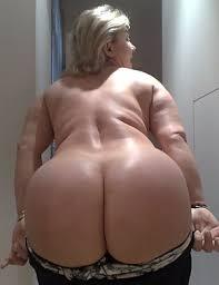 Big Ass Moms Pics At Hot Naked Moms
