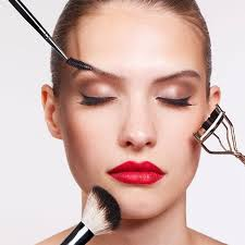 the right way to put on makeup into