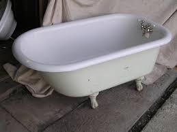 clawfoot tub antique bathtub style elements