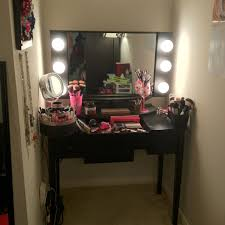 makeup lighting for vanity table. i have more makeup than a professional mua so vanity desk needs to be biggermore drawers lights bigger mirror lighting for table p