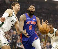 Milwaukee Bucks Depth Chart Giannias Antetokounmpo Propels Bucks Past Pistons Mlive Com