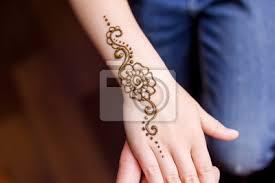 Fototapeta Ruka Malé Dívky Zdobené Henna Mehendi Tetování Close Up Režie