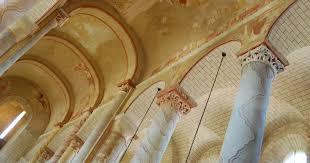 Abbaye de Saint-Savin, chef d'œuvre de la vallée des fresques
