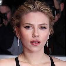 Scarlett Johansson - Bio, Net Worth ...