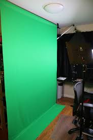 the first tip is to get a quality green screen i picked up this 6 foot wide by 9 foot tall screen from a er on for about 40 and have been very
