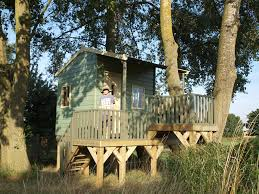 kids tree house. Exellent Tree Kids Treehouses With Veranda  Treehouse Intended Tree House