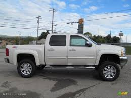 This white 2015 #Chevrolet #Silverado was taken to the next level ...