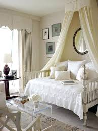Bed Covers For Beds Incredible Canopy Beds Bedroom And Canopy ...