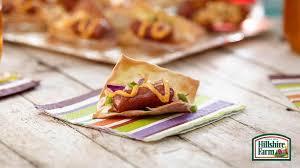 mini wonton sausage tacos
