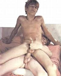 Gay boys and men nude