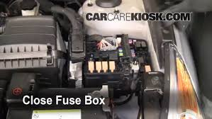 replace a fuse hyundai sonata hyundai sonata gls 6 replace cover secure the cover and test component