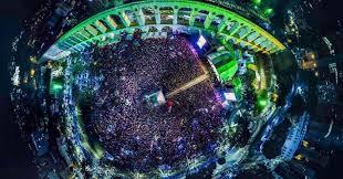 Resultado de imagem para imagens do show dos arcos da lapa lula livre