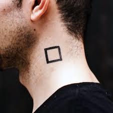 40 Malých Krku Tetování Pro Muže Mužské Inkoustové Nápady