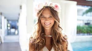 En Images 10 Coiffures De Mariée à Réaliser Avec Des Fleurs
