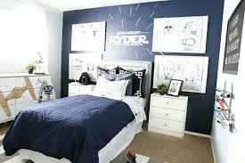wall art for kids bedroom decoration with star wars and wood flooring also area rug plus wars area rug star