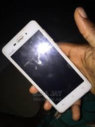 Vivo Y22 4 GB White in Port-Harcourt ...