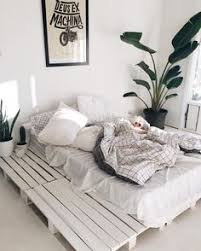 Perfect @oblxvxon ☁ Grenier, Bedroom Inspo, Bedroom Ideas, Bed Pallets