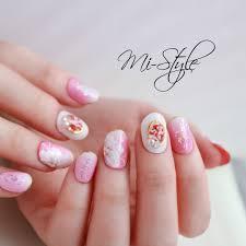 Mieko Hiramatsuさんのネイルデザイン フラワーブライダルネイル
