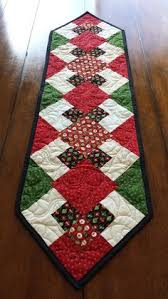 Free Quilt Pattern: Christmas Poinsettia Table Runner | Quilting ... & Christmas Sideboard or Table Runner 12 x 42 by SerenaBeanQuilts Adamdwight.com