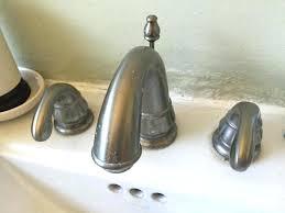 repair leaky bathroom faucet large size of faucet do you fix a leaky bathtub faucet how repair