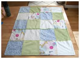 This patchwork baby quilt is super simple to make and sooo cute ... & This patchwork baby quilt is super simple to make and sooo cute. This is a Adamdwight.com