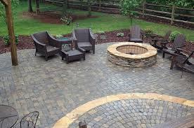 how to lay brick pavers on dirt backyard paver patio designs