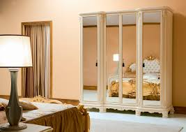 Peach Bedroom Mirror Closet Doors Furniture Charming Small Classic Style Bedroom