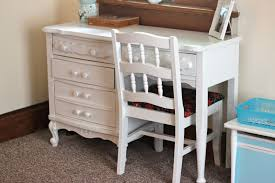 painting a vintage desk dina s days