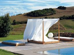 outdoor round sunbed outdoor round daybed cover outdoor wicker bed canopy wicker patio bed round