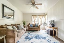 Great Location Cozy Sleeps 6 With Ac Tv In Rooms Hilo