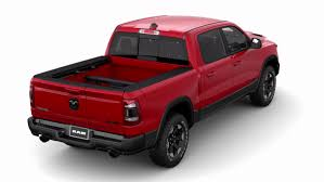 Ram's new dual-hinge Multifunction Tailgate one-ups Ford and Chevy