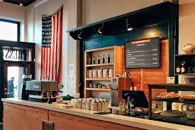 Ligeledes kan man købe div. Screenly Coffee Shop Digital Signage