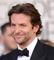 ... Bradley Cooper Hairstyle 2013 Bradley cooper rocks a classic ... - Bradley-Cooper-Golden-Globes-2013-Pictures