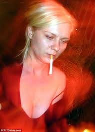 The 26-year-old looked tired and bleary-eyed as she partied with friends in trendy bar La Poubelle, ten months after she checked into rehab. Kirsten Dunst - article-0-021AEA65000005DC-652_468x644