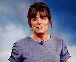 Join facebook to connect with louise lear and others you may know. Louise Lear Is A Bbc Weather Presenter Who Is Married To Husband Ian Lear And Has Two Children